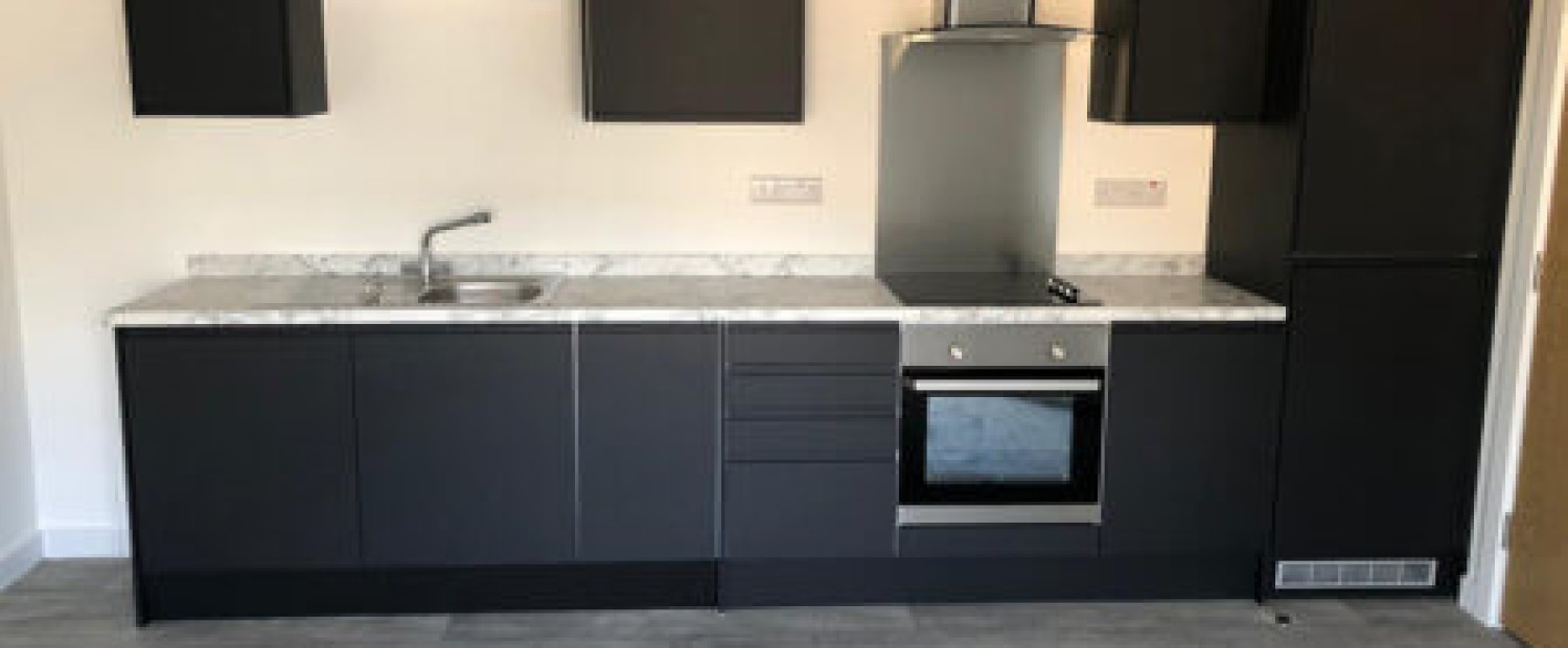 Complete fitted kitchen